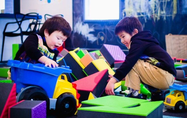 My kids playing at Play Up at the Museum of Australian Democracy (photo courtesy of Wolfie Girl)