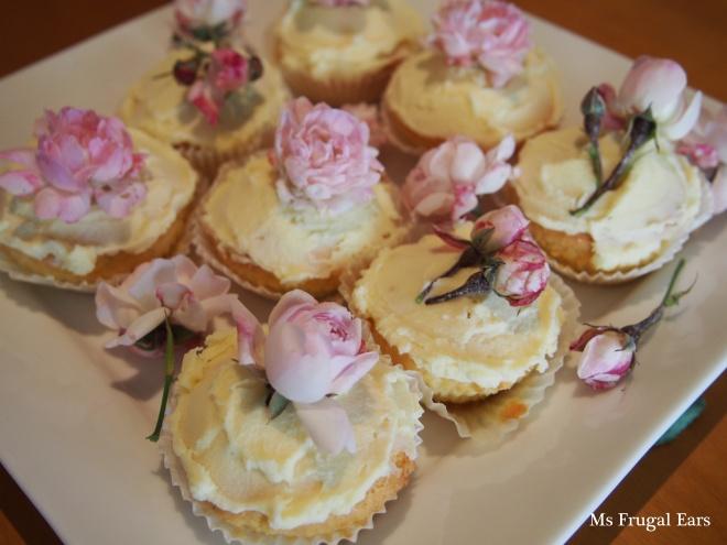 Pink roses on a platte