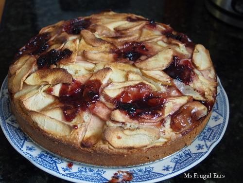Apple and blackberry jam friendship cake
