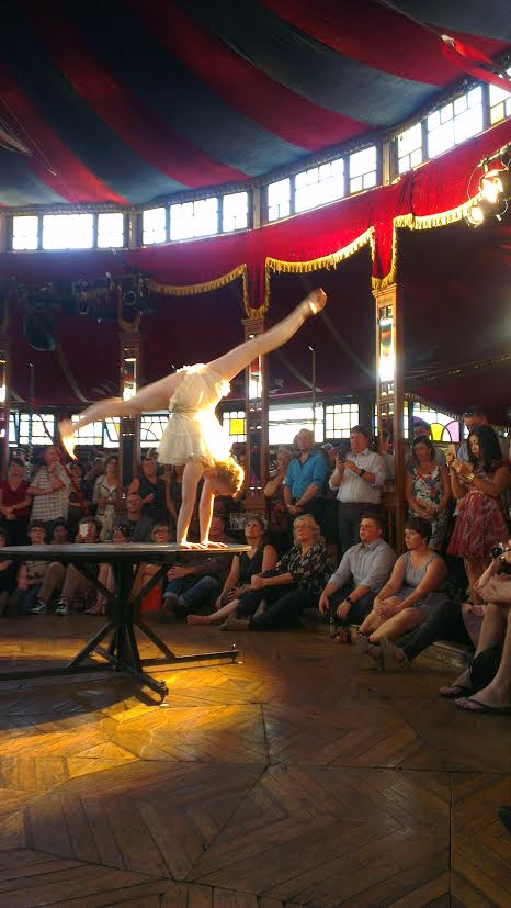 Felice from La Clique performs at the famous Spiegeltent