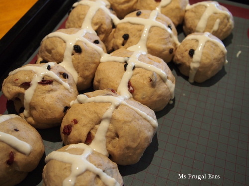 Hot cross buns with piped crosses