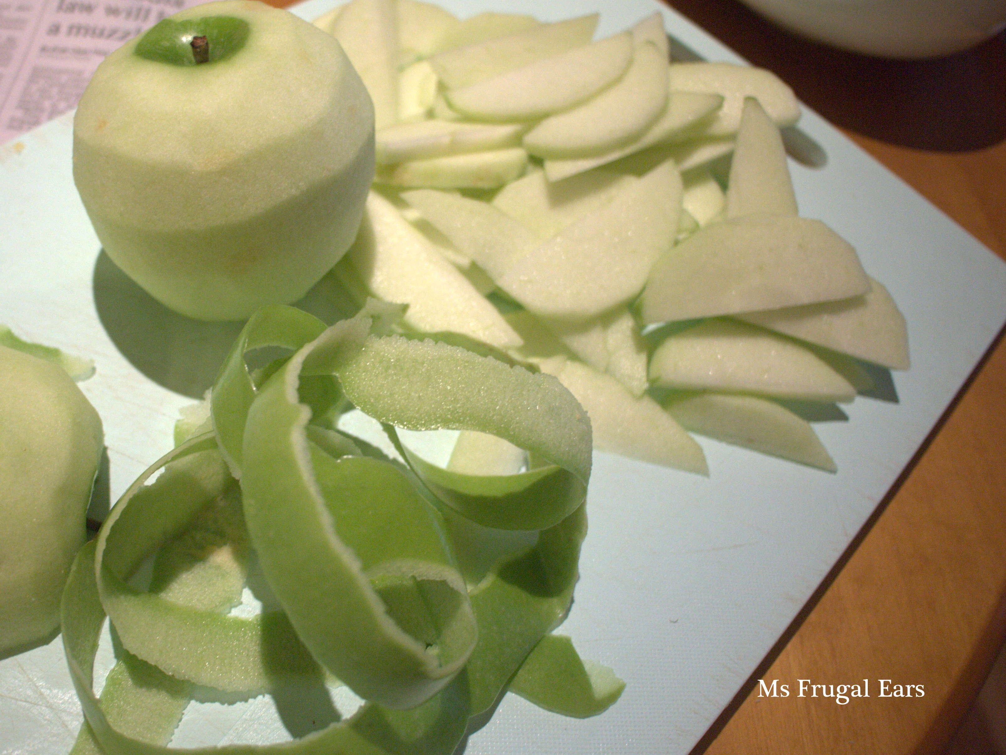 Peeling granny smith apples