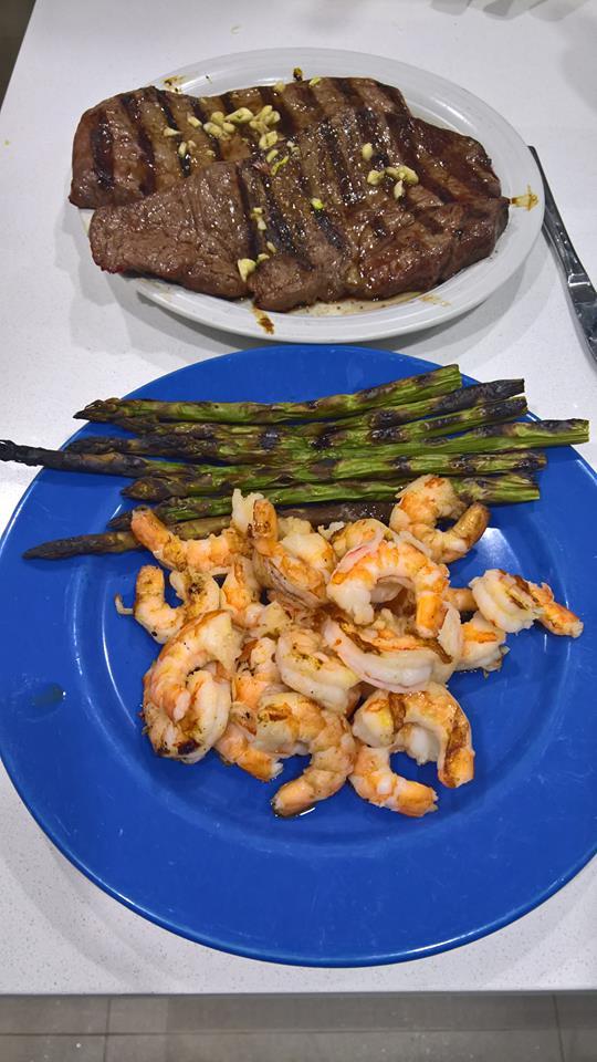 Steak, asparagus and prawns